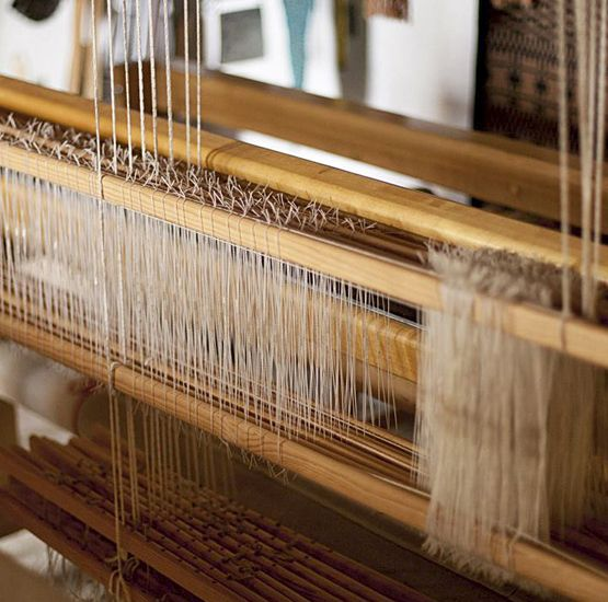 Handweaving workshop. Rural and ecological holidays Agritourism Gaiattone Assisi Hotels with swimming pool