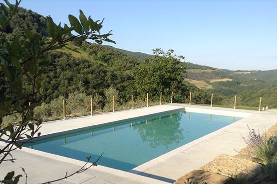 Green tourism in Umbria: wellness and nature. Assisi Agritourism Gaiattone with panoramic swimming pool