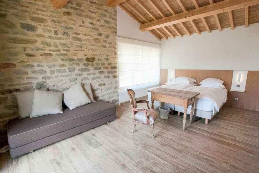 Assise à louer appartements vacances tourisme à la ferme biologique avec petit déjeuner inclus. Ombrie Italie