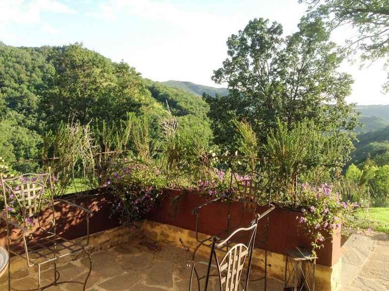 Assise à louer appartements de vacances tourisme à la ferme BIO Gaiattone en Ombrie, Italie