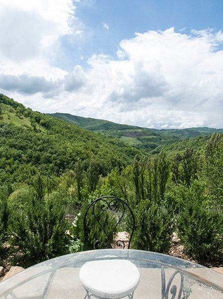 Holiday apartment in assisi countrysite. Nature, luxury, design and comfort in Assisi Gaiattone Agritourism, Umbria, Italy